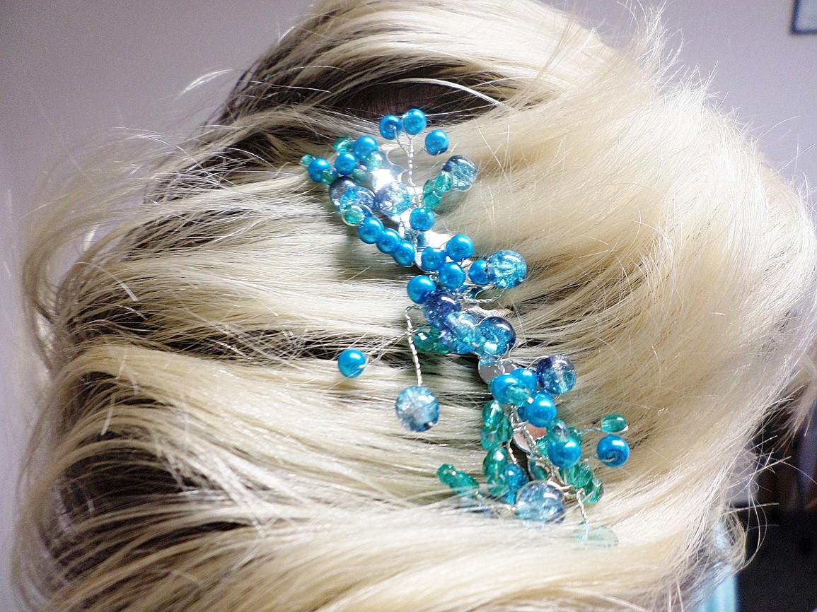 5b33cd4c439 Drátovaná spona do vlasů