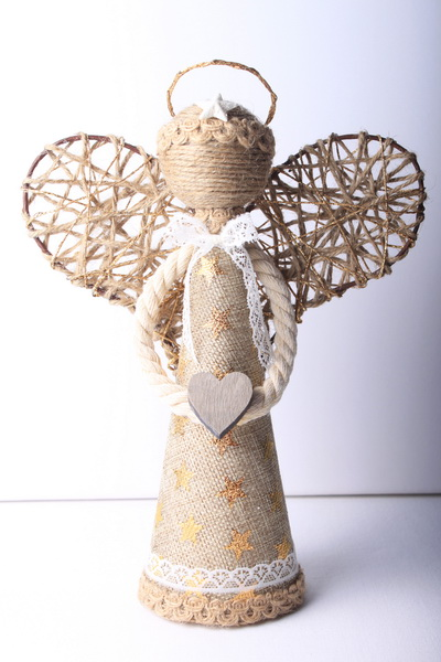 Jutové vánoční dekorace - návod na andílka - 19
