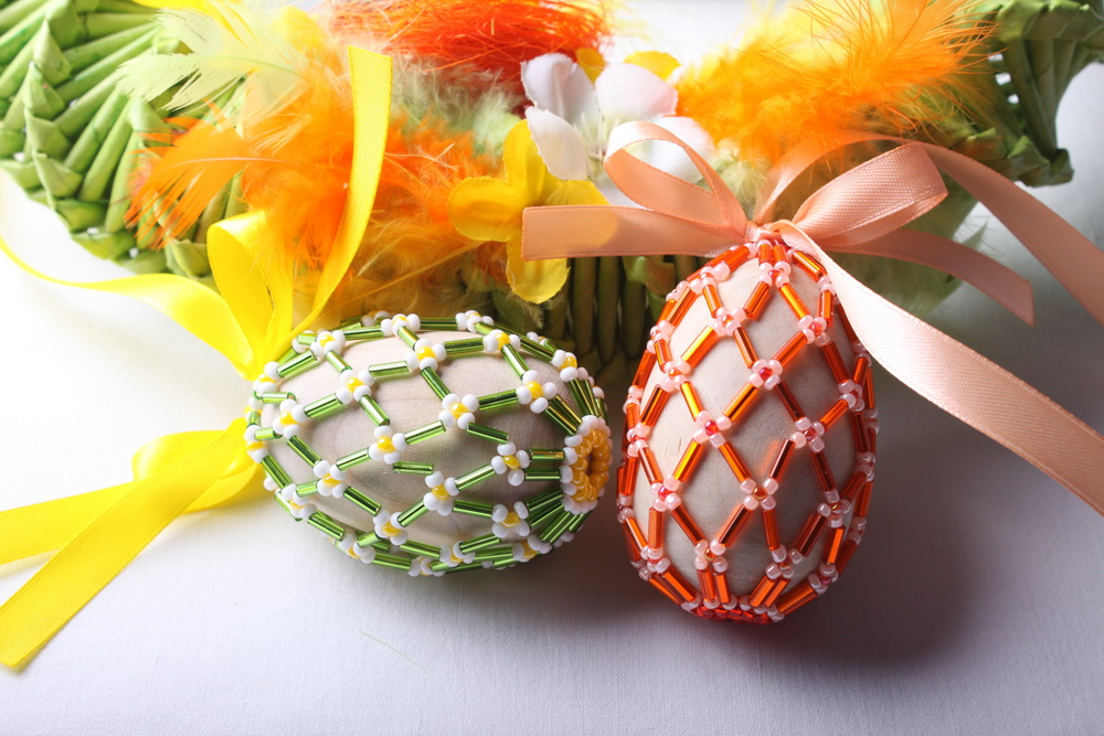 Velikonoční vajíčko obšité korálky 26