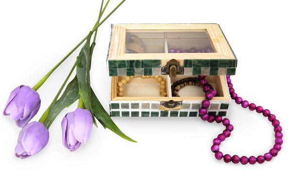 Krabička zdobená mozaikou d4a73931d3