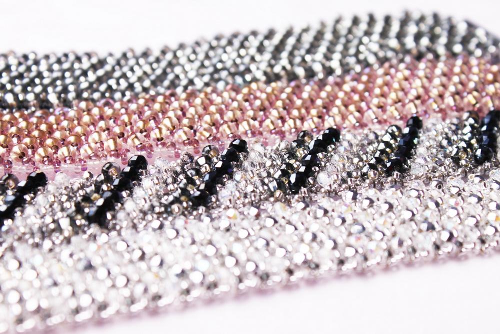 Návod na luxusní šitý náramek 46