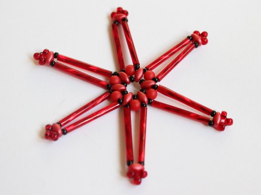 12212ad4c Vánoční ozdoba - hvězda z korálků | Korálky.stoklasa.cz